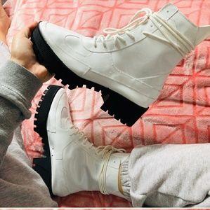White platform boots fabulous lace up combat boots
